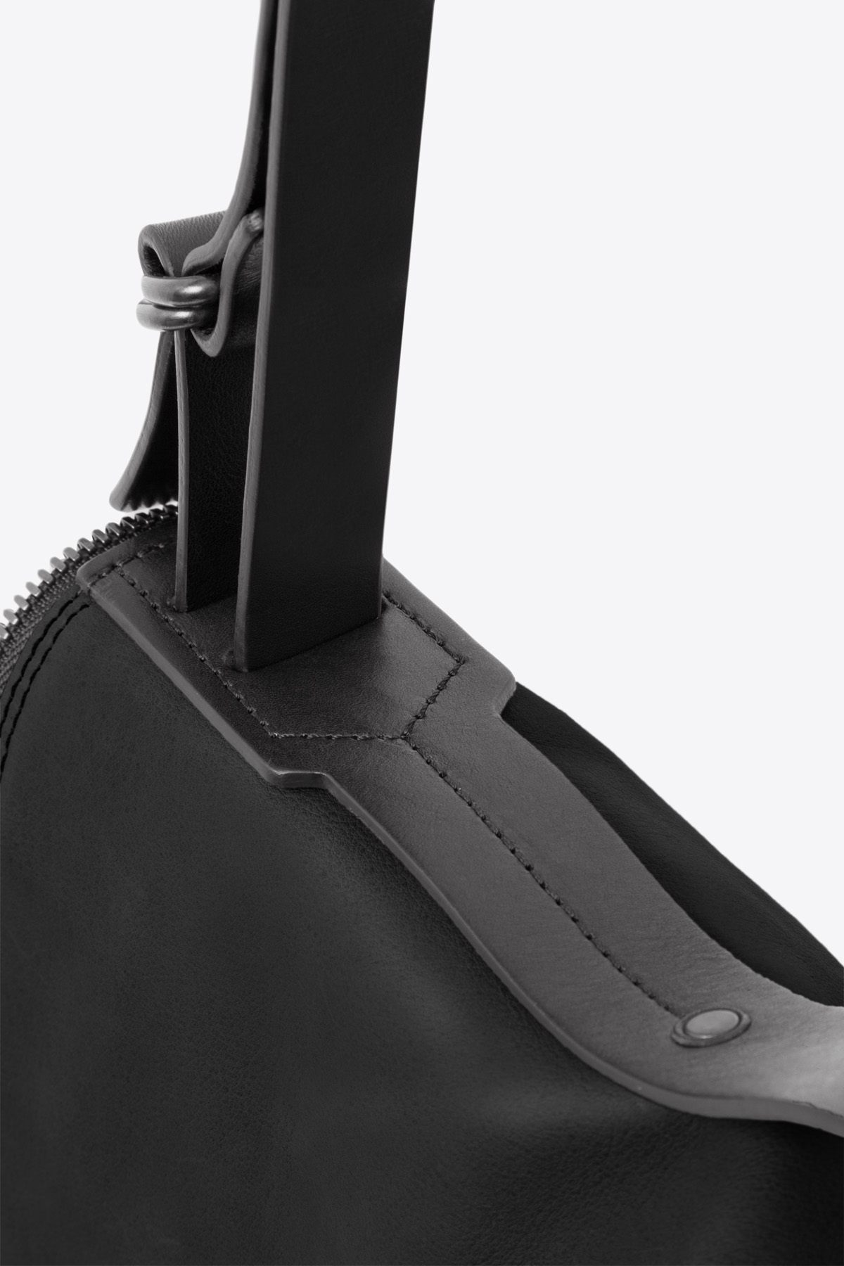 dclr008s-messenger-a1-black-detail