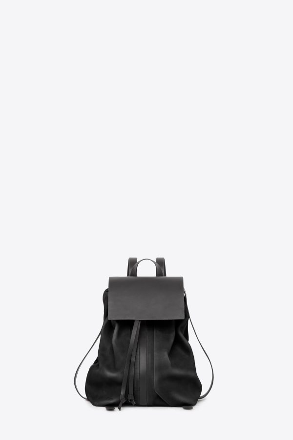dclr009-b-backpack-a1-black-front