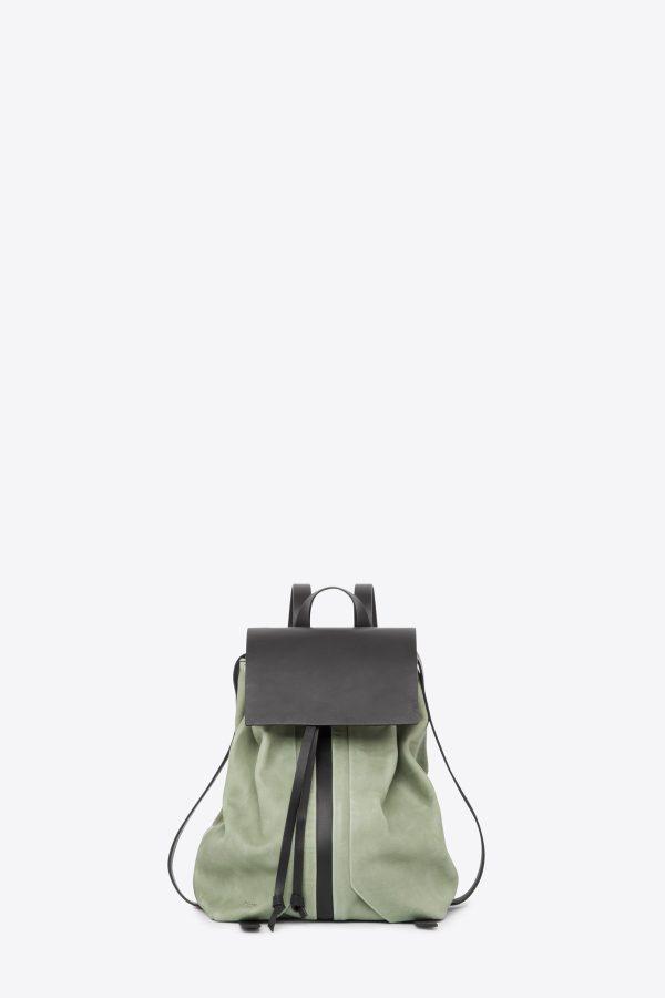 dclr009-b-backpack-a9-jadegreen-front
