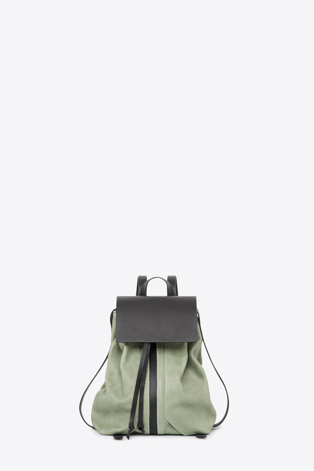 dclr009-b-backpack-a9-jadegreen-front