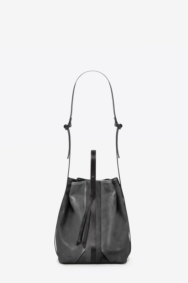 dclr010-bucketbag-a2-shadowgray-front