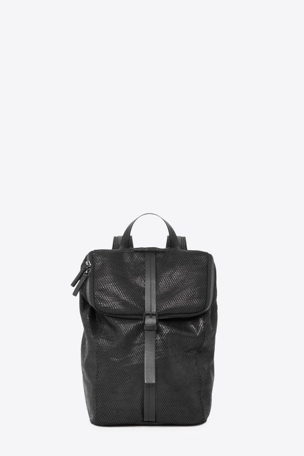 dclr011-backpack-a23-backsnakeblack-front